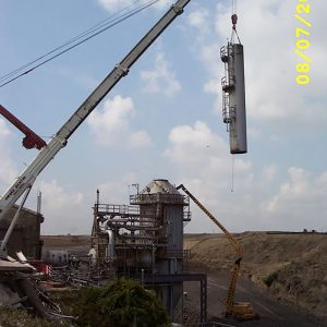 Crane lifts exhaust stack from RETF