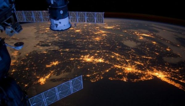 Picture of night lights of the Eastern USA from International Space Station