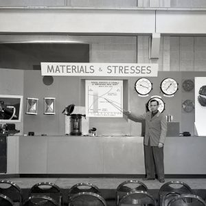 Materials and Stresses display.