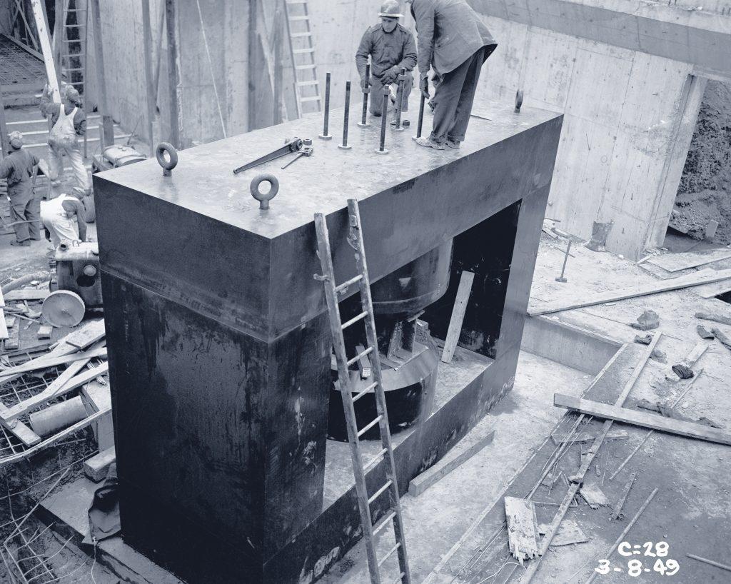Installation of yoke.