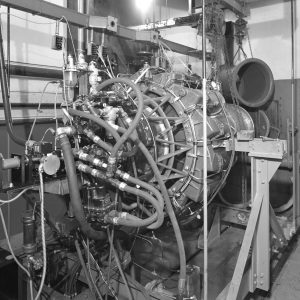 I-40 engine in test cell