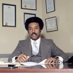 Earls at desk.