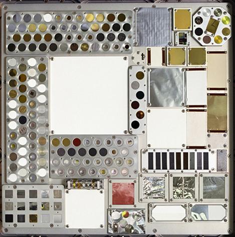 NASA Image: 2002-L-01725 – MISSE 3 Tray 2 deck