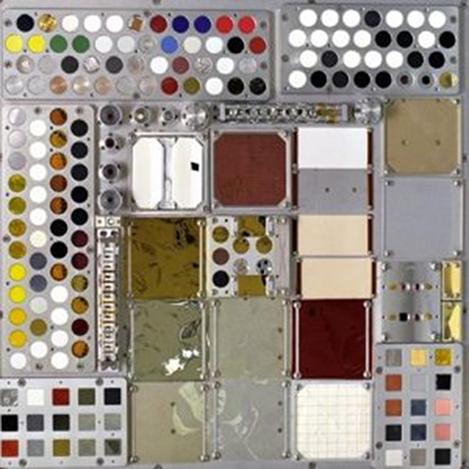 NASA Image: 2002-L-02093 – MISSE 3 Tray 1 deck